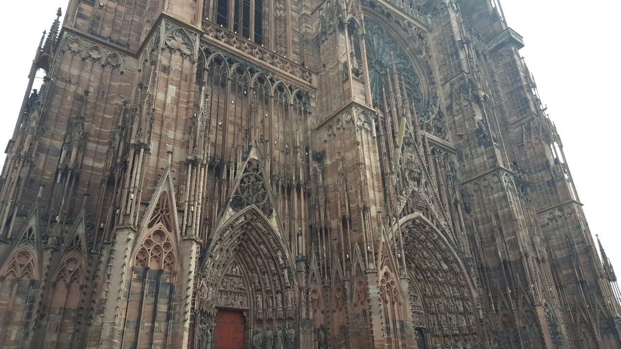 Strasbourg cathedral outside